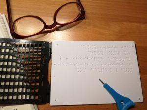 Erste Übungen mit Schreibtafel und Marburger Griffel